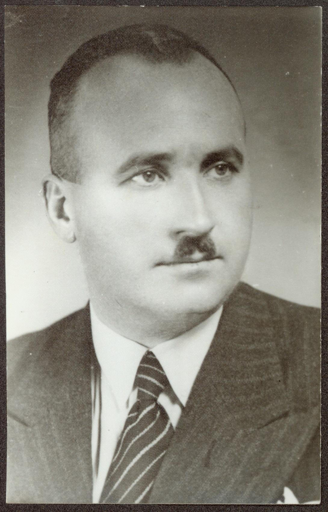 """[wpml lang=""""bg""""]Димитър Йосифов Пешев, български политик и общественик (1894-1975), министър на правосъдието (1935-1936), подпредседател на ХХІV и ХХV Обикновено народно събрание (19338-1943).  ЦДА [/wpml][wpml lang=""""en""""]  Dimitar Iosifov Peshev, Bulgarian politician and public figure (1894-1975), minister of justice (1935-1936), deputy chairman of the ХХІV and ХХV National Assembly (19338-1943).  Central State Archives, Fond 1335K [/wpml]"""